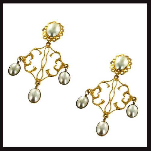 East of Paris Fleur Diamond Drop Earrings