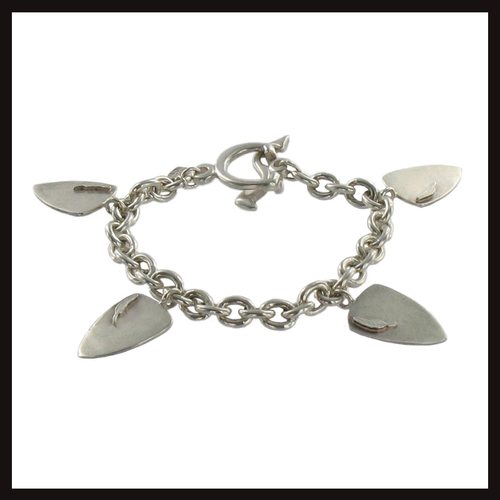 Feathers Shield Bracelet
